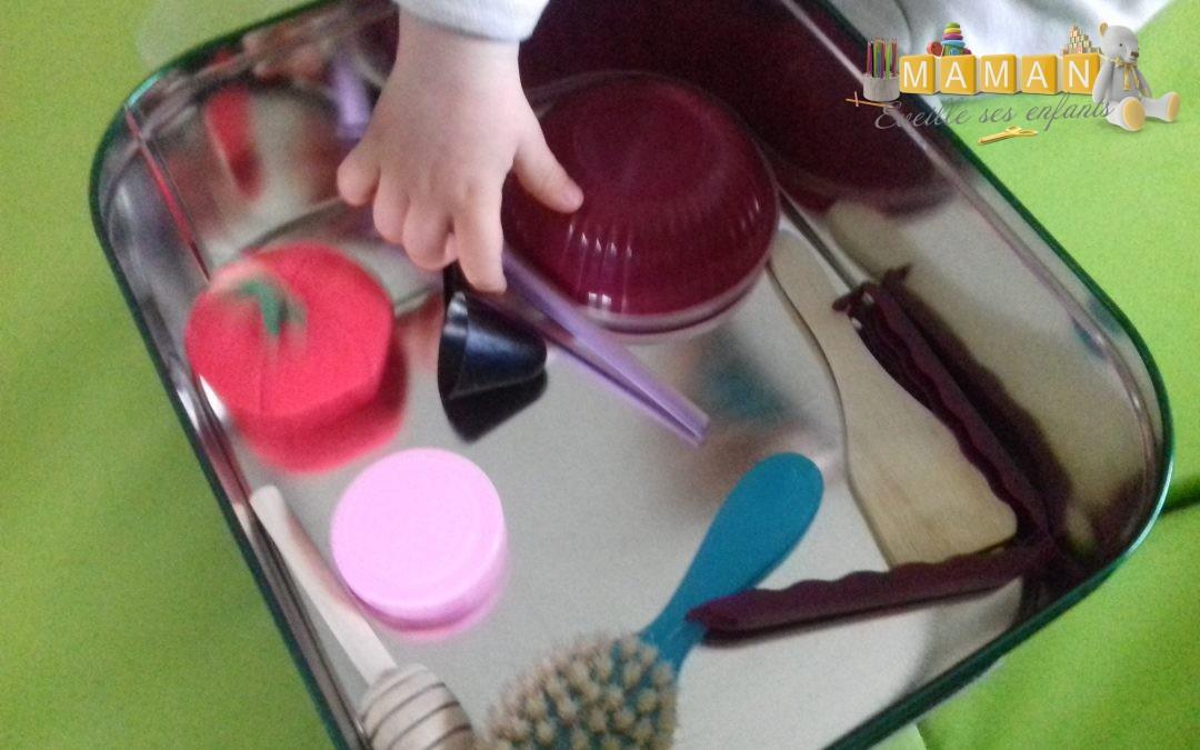 {Activité Montessori} Panier à trésors Montessori, activité bébé 7/8 mois