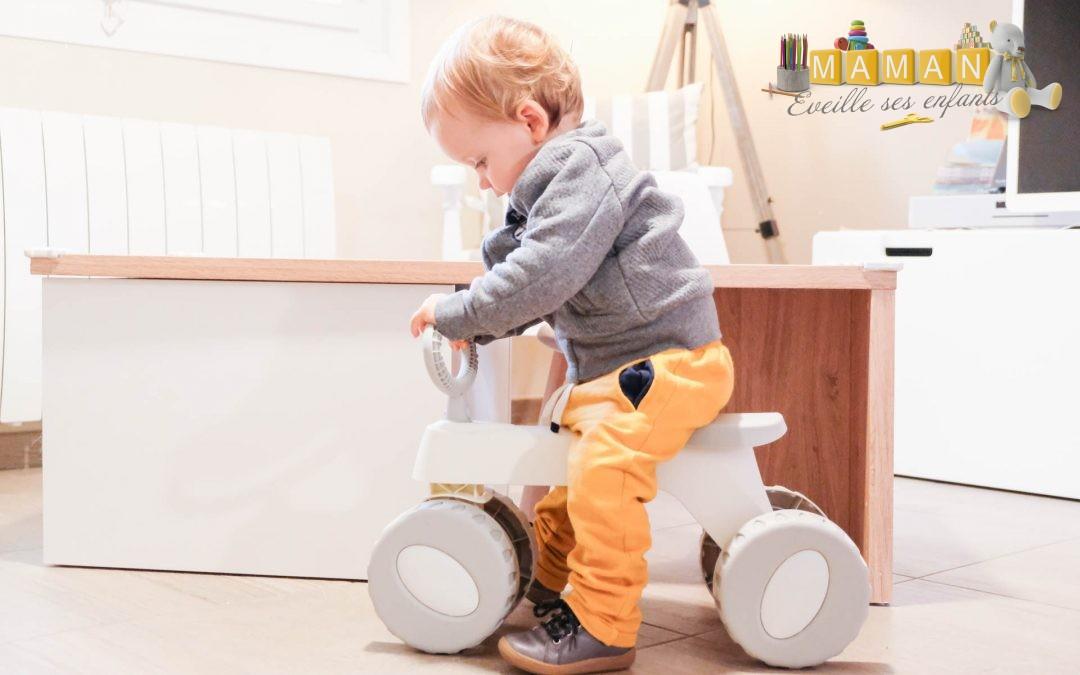Mes premières expériences sur roues avec le porteur Peter  par BabyToLove de chez Berceau magique