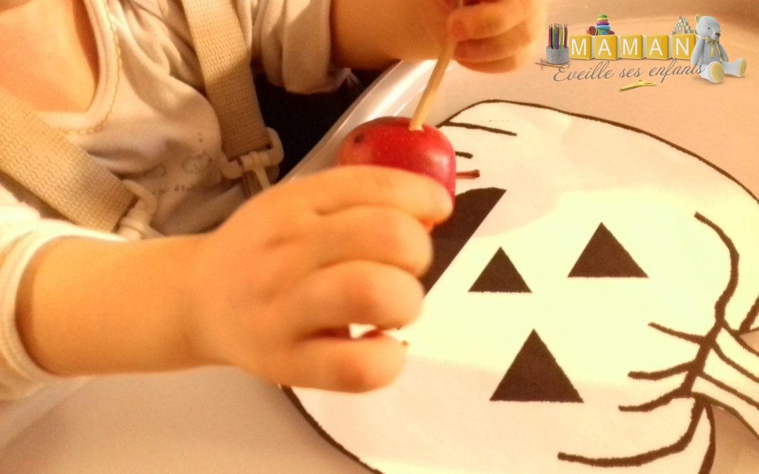 Activité Halloween Bébé 16 Mois Gommettes Et Peinture