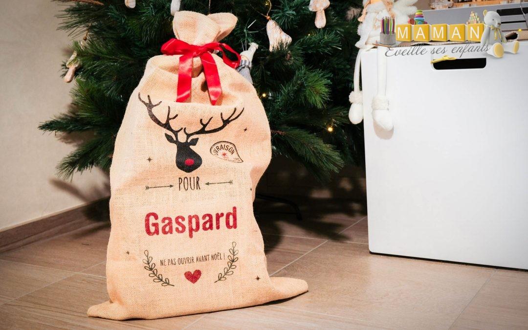 La hotte personnalisée de Noël de A-qui-S : le choix déco et écolo