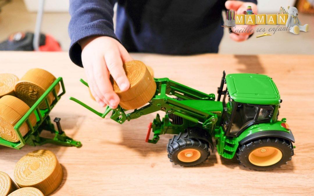 Mon tracteur John Deere avec remorque à balles rondes
