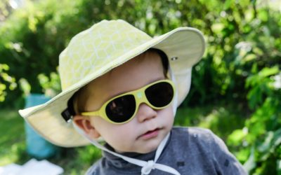 Bien protégé avec mon chapeau anti-UV de la marque Ki ET LA