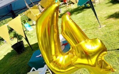 Le fête d'anniversaire des 4 ans de mon garçon : thème des chevaliers, conseils, goûter, déco, animations…